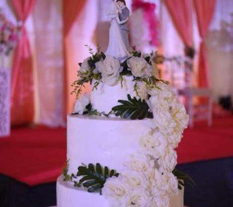 Kue tart wedding cake brownies donat