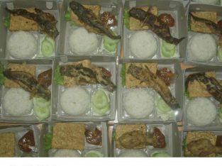 Nas Dus , Nasi Box Semarang
