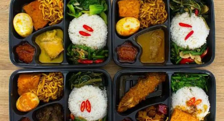 Terima pesanan Nasi box ,kue basah dan kering