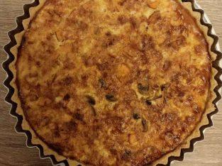 Pai isi di jamin enak full dengan isian ayam,jamur