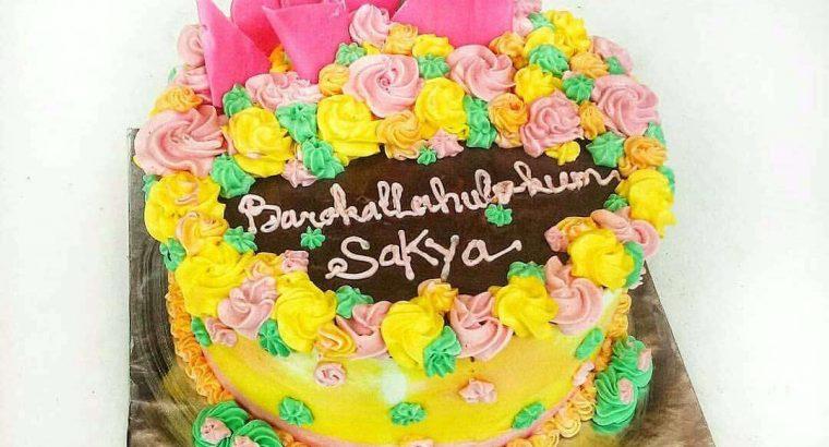 Menerima pesanan cake untuk ulang tahun
