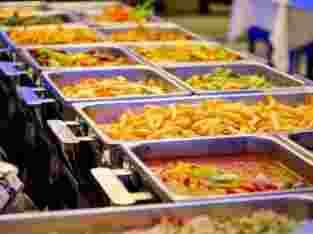 menerima catering acara prasmanan atau nasi box