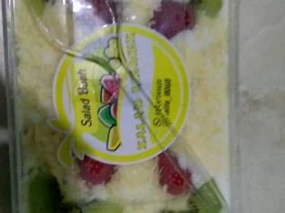 salad buah memes