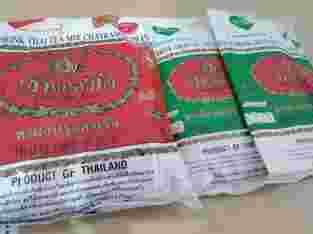Teh hijau(200gram) dan mix( warna merah) Thailand