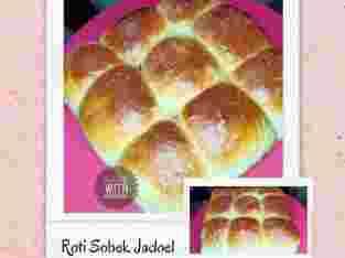 Roti Sobek Jadoel (Wisman)  by Bake with Madeline