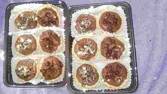 Kue Pai Brownies Topping Coklat keju isi 6