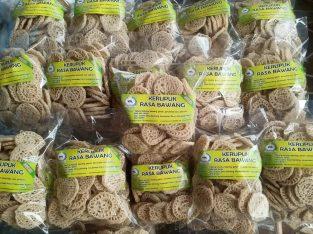 Kerupuk bawang mentah 500gram isi 40 – 43 pcs