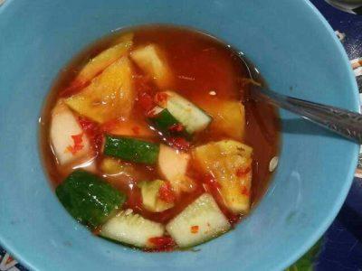 Asinan buah Mpo Dewi